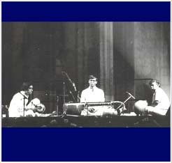 Performing with Trichur Mohan and Subash Chandran at the International Festival of Radio France in 1987
