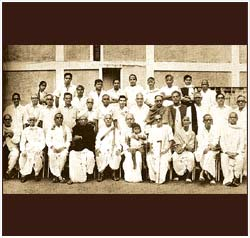 Ravikiran on Dr Raghavan's lap in 1969 - the year Madurai Srirangam Iyengar presided over the Conference of the Music Academy, Madras.